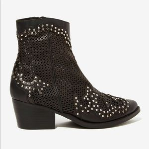 Jeffrey Campbell Paxton bootie 5